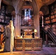 Sets - Dumbledore's office with costume of Albus